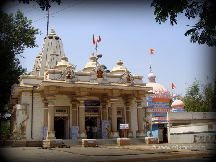 Shri Nityanand Swami Samadhi Mandir, Ganeshpuri, Maharashtra