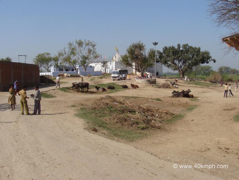 Sri Radharani Mandir, Rawal Gaon, Uttar Pradesh