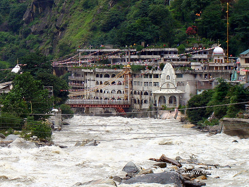 View of Gurdwara Manikaran Sahib and Parvati River