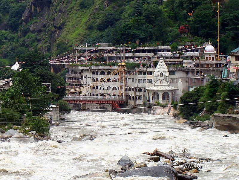View of Gurdwara Manikaran Sahib and Parvati River