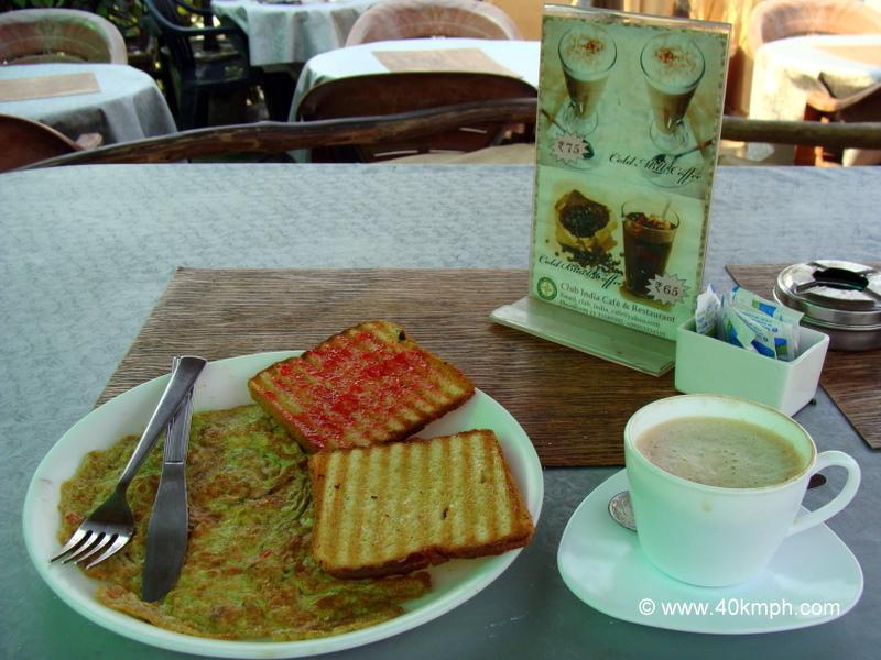 Breakfast at Club India Cafe & Restaurant, Main Market, Paharganj, New Delhi