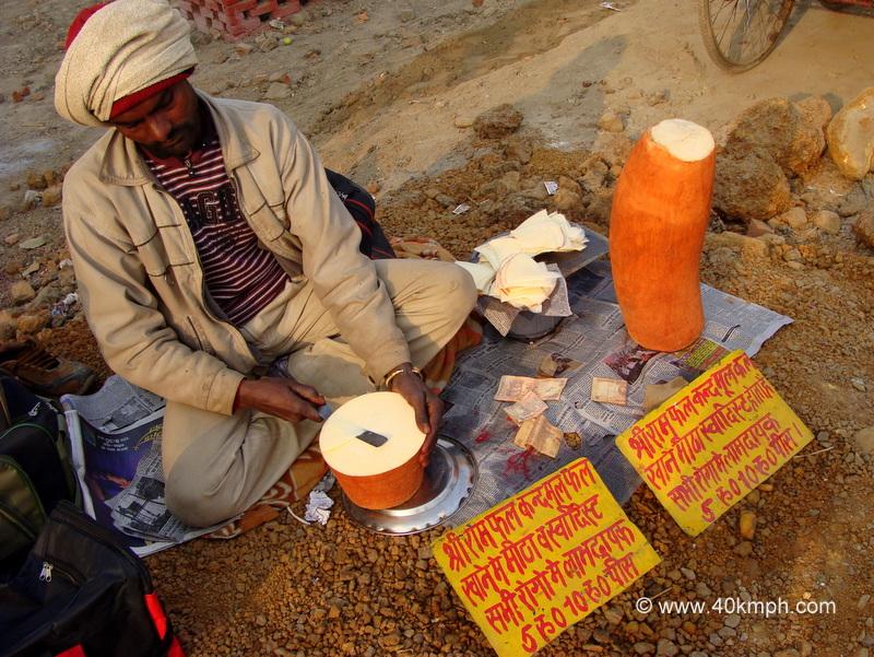 Selling Shri Ram Kandmool