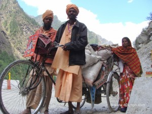 Devotees Journey from Kurukshetra to Badrinath by Cycle Rickshaw