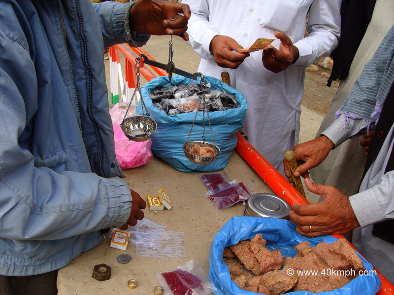 Man Selling Herbs nearby Ghangaria, Uttarakhand