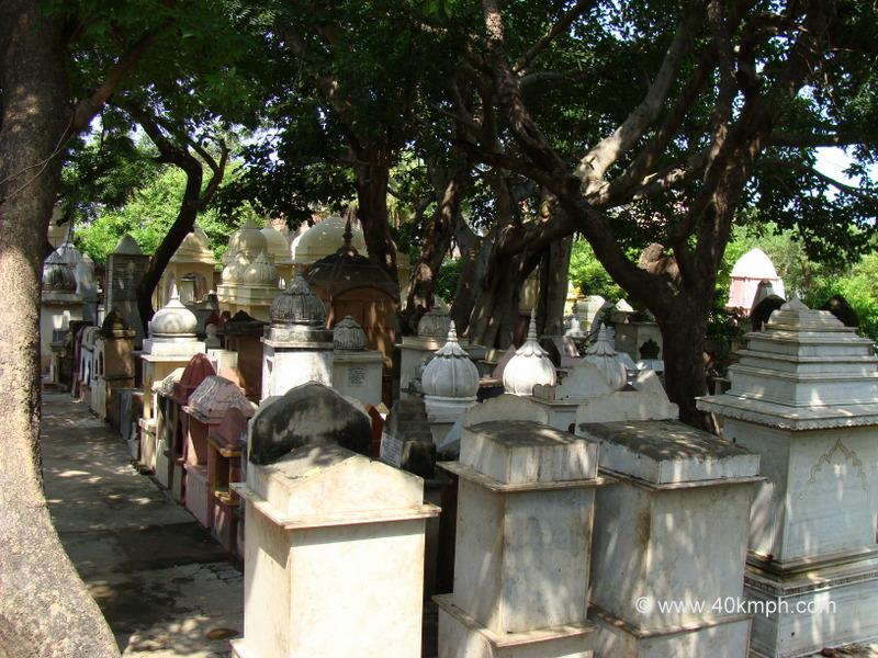 Shri Shri Chaushatti Mahant Samaj Mandir, Rangji Ka Nagla, Vrindavan, Uttar Pradesh