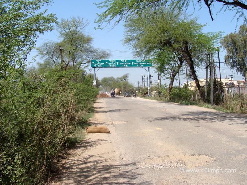 Distance from Baldeo (Mathura, Uttar Pradesh) to Tourist Places