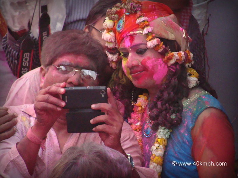 Watching Holi Photos on Mobile