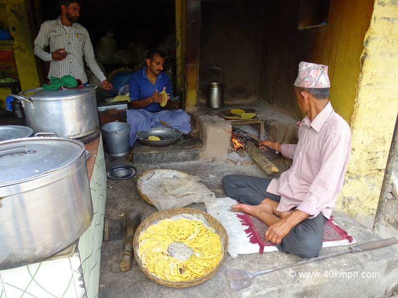 Makki ki Roti Preparation at Highway Dhaba