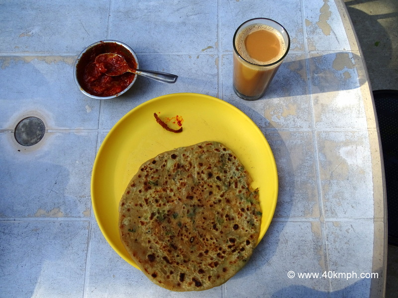 Pyaz (Onion) Paratha with Tea