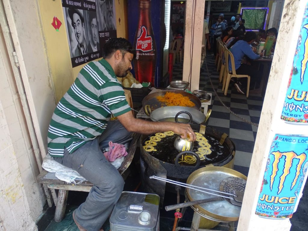 making jalebis at Chandravilas Restaurant, Gandhi Road, Old City, Khadia, Ahmedabad, Gujarat