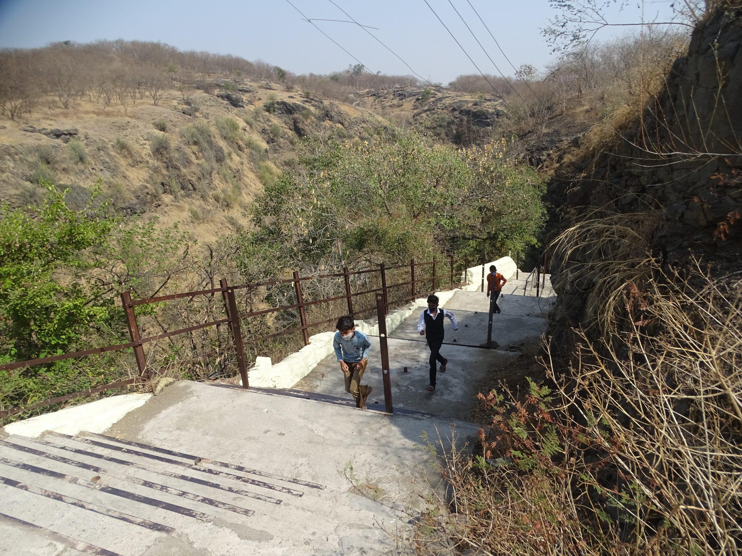 Stairs leading to Adyakavi Shri Mukundraj Swami Samadhi Sthal (Ambajogai, Maharashtra, India)