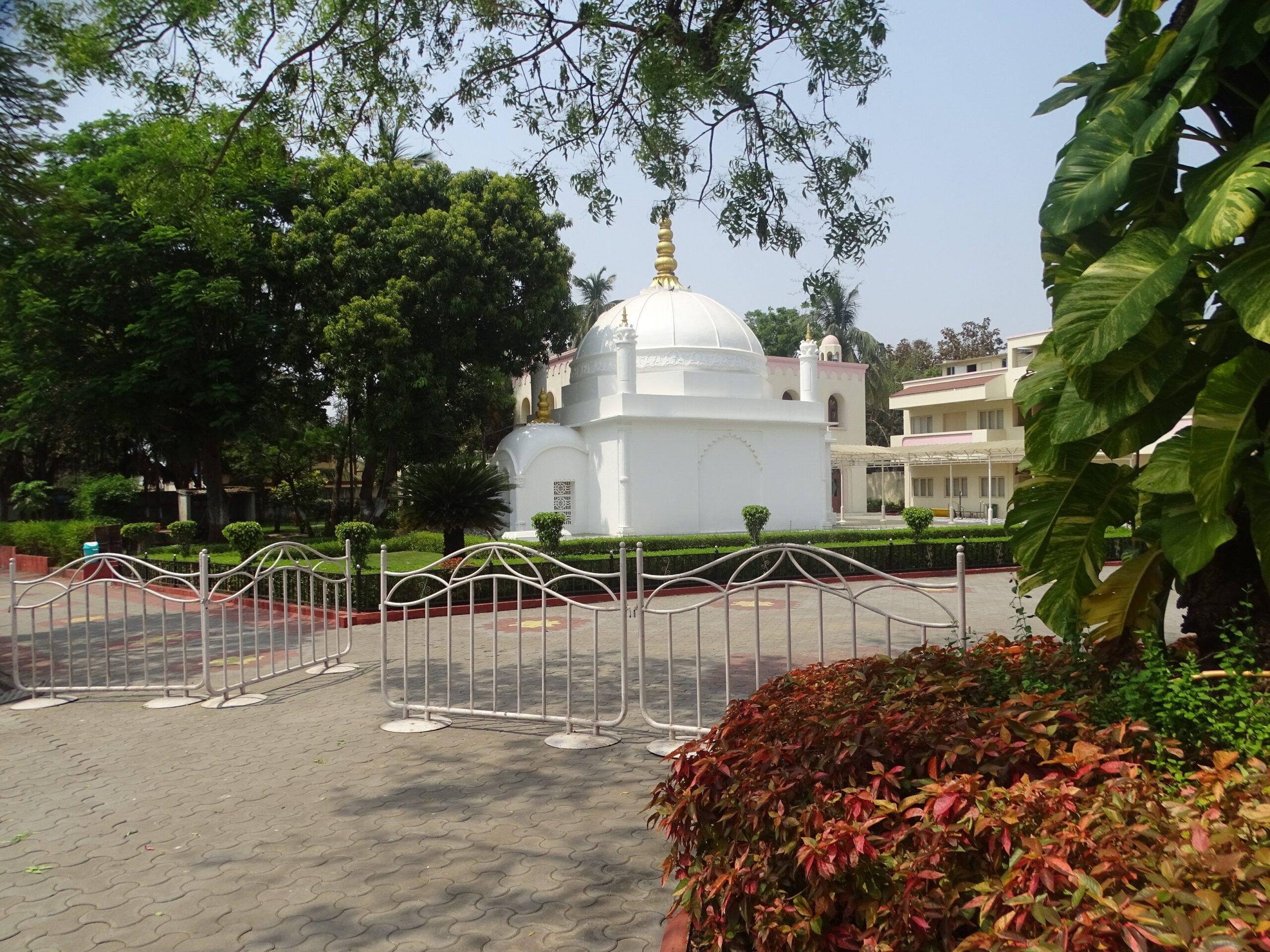 Mazar E Maisaheba (Hajani Dargah), Dandi (Navsari), Gujarat, India